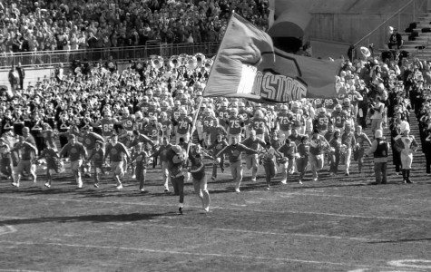 Photo taken while Ohio State is comming out of the tunnel durring the 2006 season. They went 12-1 that season.