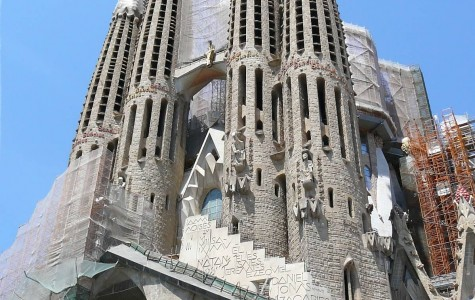 Tourists frequently visit the Sagrada Familia cathedral, located in Barcelona, still undergoes construction since 1882. The various famous/historical sites the students will see give them the opporunity to grow culturally, intelectually, and in their ability to speak Spanish.